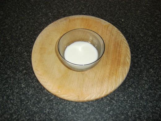 Cornflour paste for thickening sauce