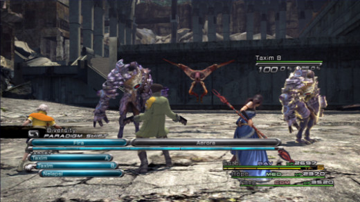 A shot of combat in Final Fantasy XIII.
