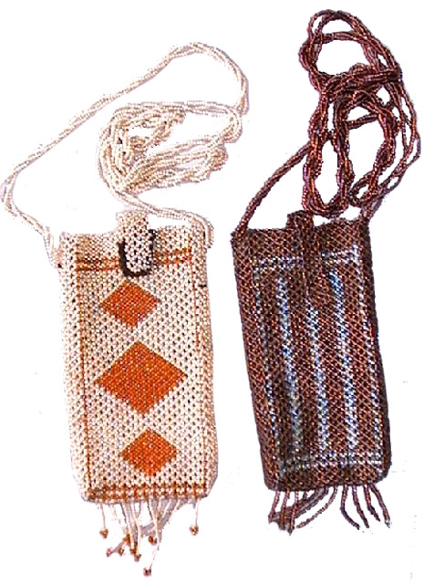Glass bead mobile purse