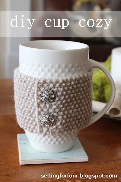 DIY knitted cup cozy