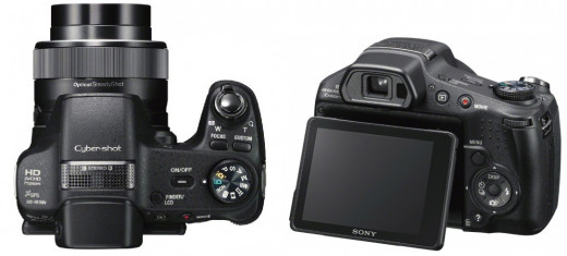 Sony Cyber-shot DSC-HX200V: tilting backscreen; rugged build; GPS; 3-D - and more.