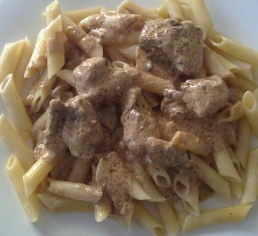Pasta with pork in yogurt-rosemary sauce