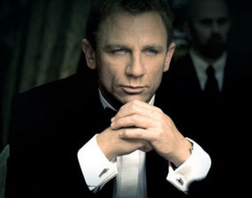 Daniel Craig as James Bond with Cufflinks
