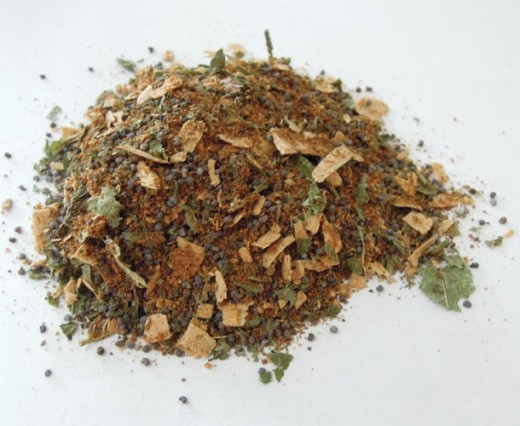 loose incense blend - Prosperity, made using Cloves, Nutmeg, Lemon Balm, Poppy Seeds and Cedar.