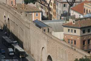 The Passetto viewed from Castel Sant' Angelo