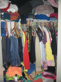 How to Organize Your Clothes Closet on a Budget