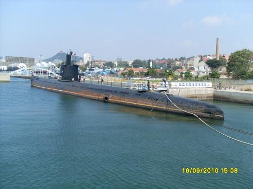 Romeo-class attack submarine