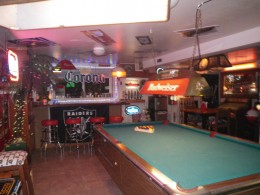 Another bar garage with pool table