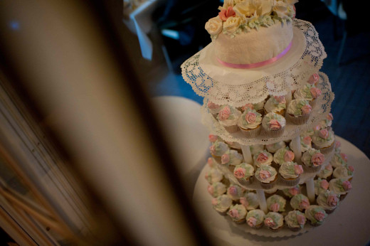 Our stunning cake & cupcake display