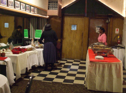 Patrons and performers had the option of buying a warm meal in the buffet nook.