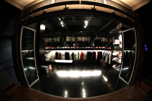 Urban online clothing stores
