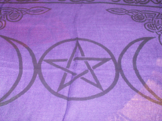 Altar cloths can also be used
