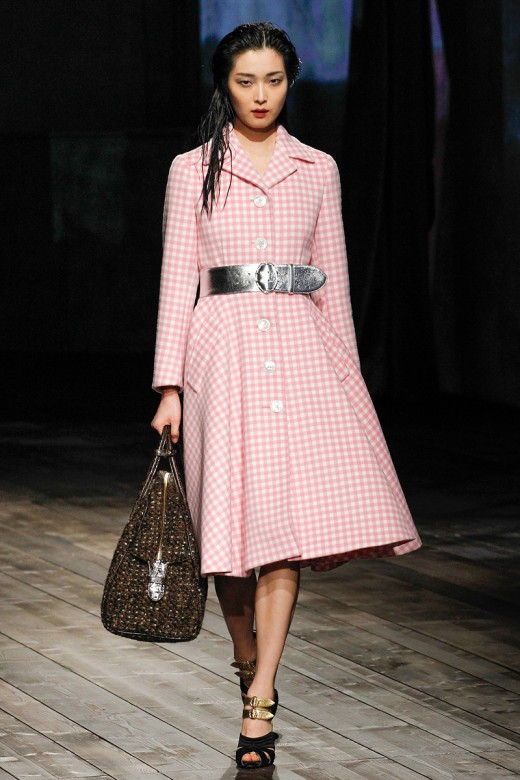 Prada, Model: Sung Hee, Photo: Marcus Tondo