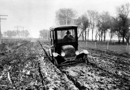 America's roads were muddy messes before the Lincoln and Dixie highways were built.