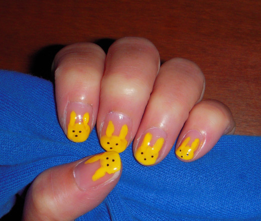 An homage to the Peeps marshmallow bunny. Peeps bunnies as nail art.