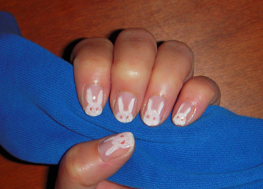 An easy to do bunny manicure using nail art pens.