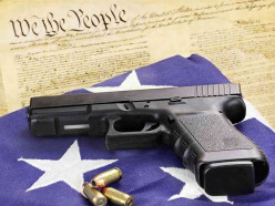 What arms should our right in the 2nd Amendment to the US Constitution include?