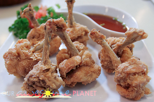Couldn't find the actual photos of my chicken lollipops taken during my grandpop's 1st death anniversary just last week so this'll have to do.