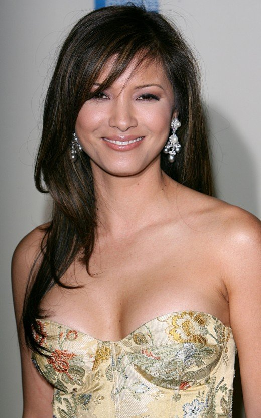 Kelly Hu, whom I find very hot (sorry if you don't share the same opinion)