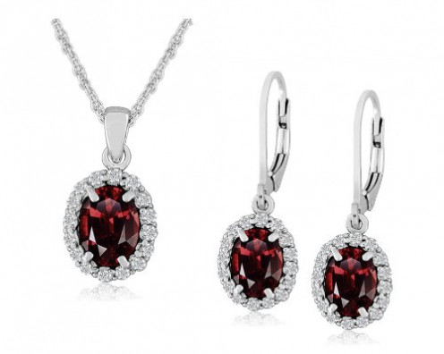 Check out these amazing jewelries with gemstones from Amazon.com for your Mother