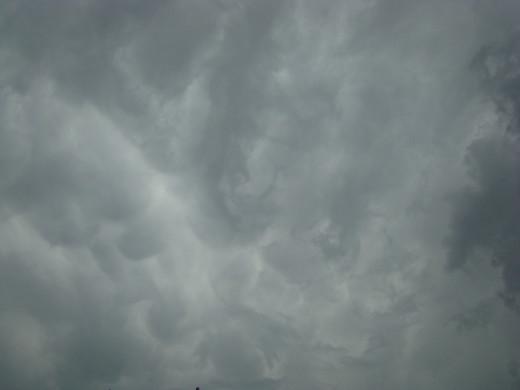 storm cloud in wichita, ks