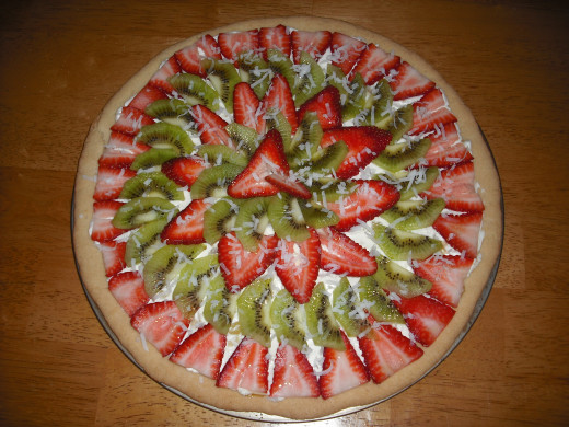 This fruit pizza recipe is so easy, even kids can make it!