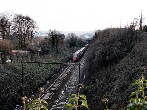 A Thalys train descending the slope at Guillemins, Liège