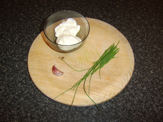Mayo, chives and garlic