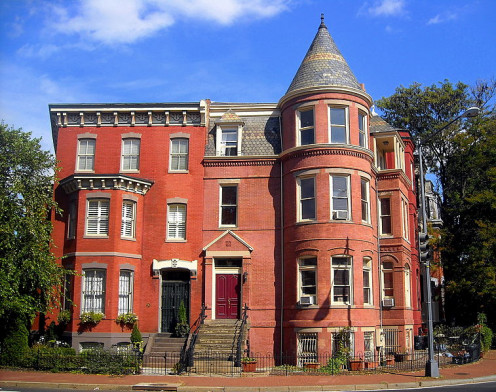 "The famous ""Last Known Address"": 18 Logan Circle (right hand entrance); Washington DC. Where did the famous author go?"