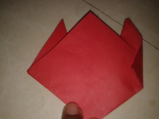Folding the edges