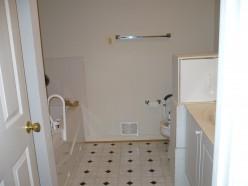 DIY Frugal Bathroom Decorating