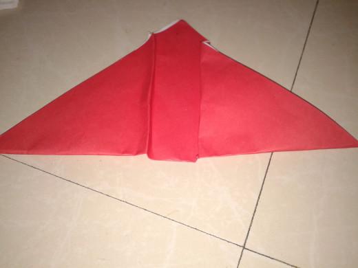 Step folding near the mid line