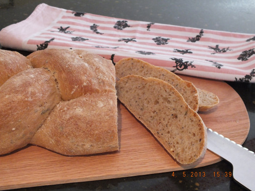 Yes, it's very hard to wait until it cools but bread really doesn't reach it's full taste potential until it's cool.