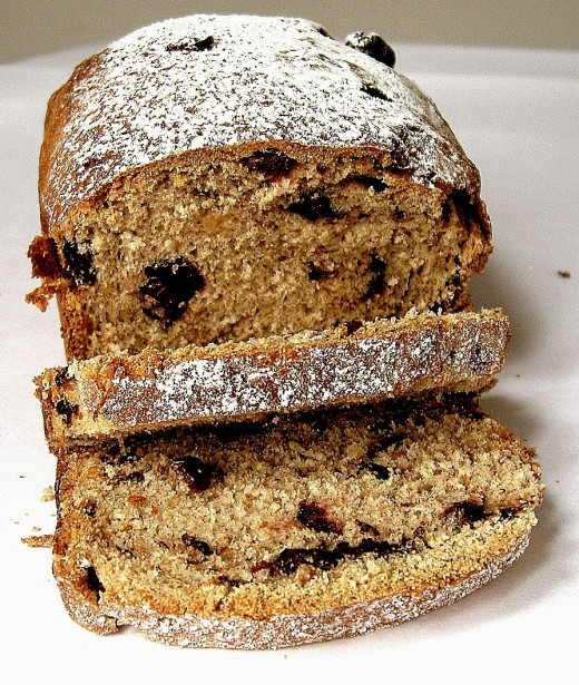 Yeasted fruit loaves can be eaten for breakfast and as between meal snacks