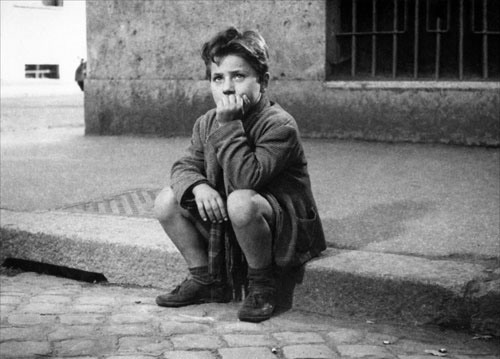 "The son in Vittorio De Sica's 1948 neorealist classic, ""Bicycle Thieves."""