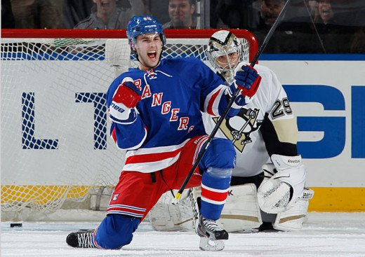 With their Playoff lives on the line, newcomer Derick Brassard comes up huge for the Rangers