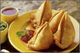 Samosa (Street food)