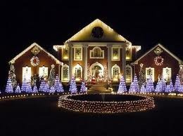 You can make a beautiful home just by decorating your home outside with simple lights and decorations.