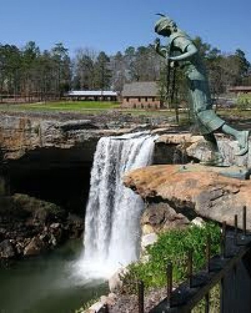 Noccalula Falls has a dramatic story behind the Indian girl statue. Their are many placards telling the tale of this fabulous park.