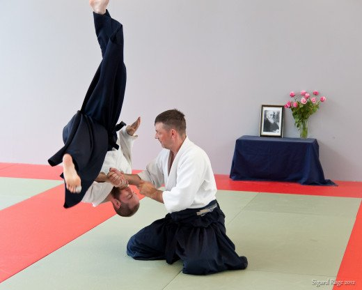 Kokyu Nage can be performed from Suwari Waza (seated) position