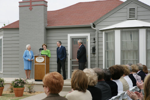 Barbara Bush, Laura Bush, George H.W. Bush and family friend Joseph I. O'Neill at the dedication of the George W. Bush Childhood Home in April 2006.