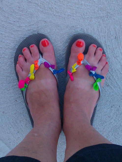 A home pedicure and flirty, fun, crafty flip flops are a great low or no cost gift for Mom on her day!