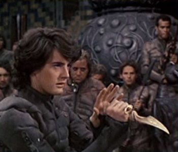 Paul Atreides wielding his crysknife.