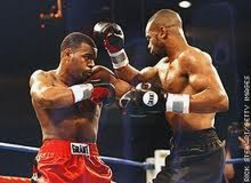 Roy Jones, Jr. and Montell Griffin fought for the light heavyweight championship.