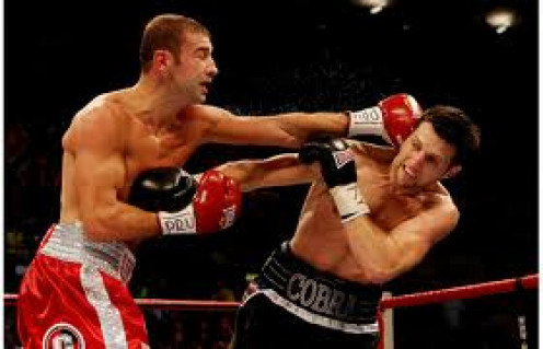 Carl Froch destroyed undefeated champion Lucian Bute by knockout and became the champion yet again.