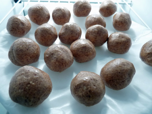 Roll the almond butter mixture into balls and freeze for about 20 minutes.