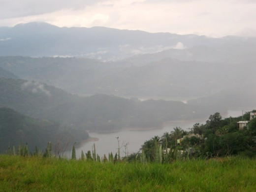 Utuado, PR Lake Caonillas