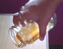 Honey: Health Benefits & Nutritional Profile