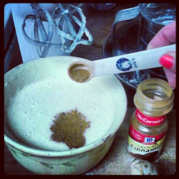 1/2  teaspoon of cinnamon to mix.