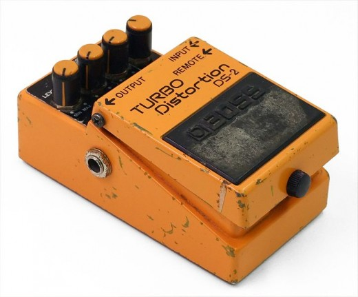 The Boss DS-2 Turbo Distortion features two modes, Normal and Turbo, which can be toggled by connecting the optional FS-5U footswitch.